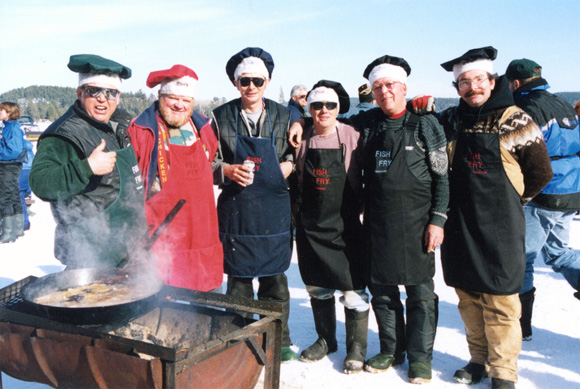 Temagami's Ling Fling Cooks.